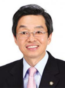 인터뷰/ 김현 법무법인 세창 대표변호사(前 대한변협 회장)