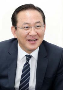 인터뷰/ 김현겸 팬스타그룹 회장